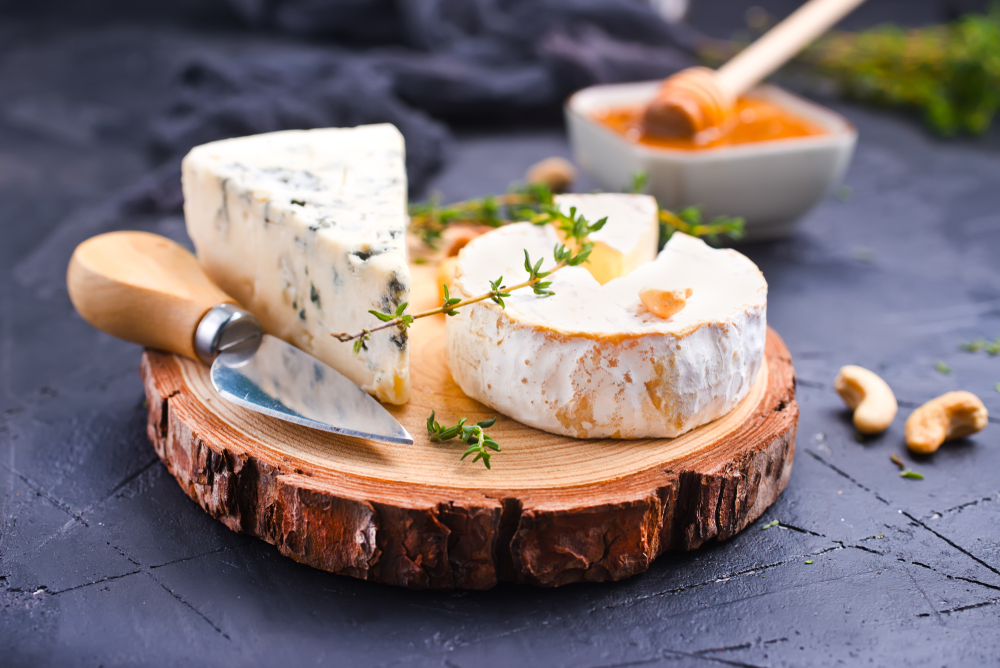 What Cheeses Are Low FODMAP? (Low Lactose) - A Little Bit Yummy