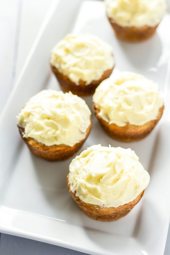 Low FODMAP Lemon Coconut Cupcakes