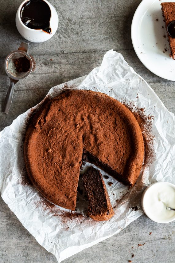 Low FODMAP Flourless Chocolate Cake