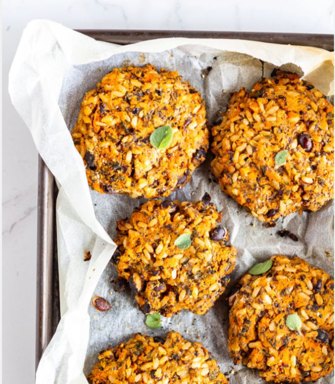 Low-FODMAP-black-bean-pumpkin-burger-patties683x1024.jpg copy