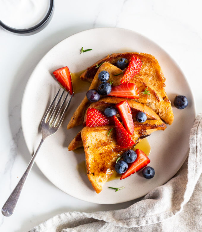 Low FODMAP Very Berry Vegan French Toast