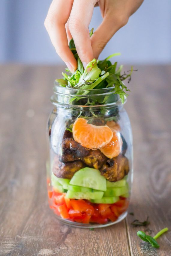 Low FODMAP Moroccan Chicken Mason Jar Salad