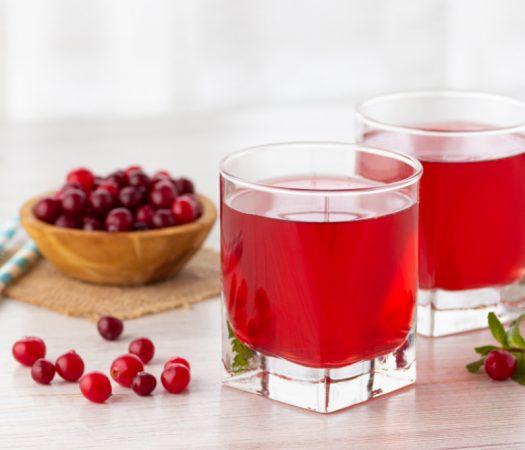 Low FODMAP Cranberry Juice in Glasses